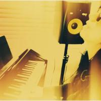 New Music Video: Julia - Bella Loka